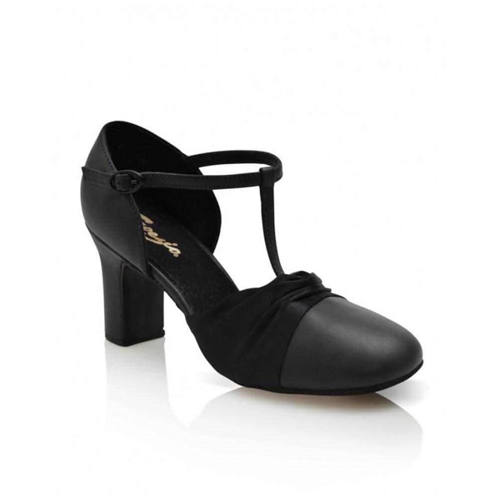 """Capezio Adult 2.5"""" Heel Flex Character Shoe"""