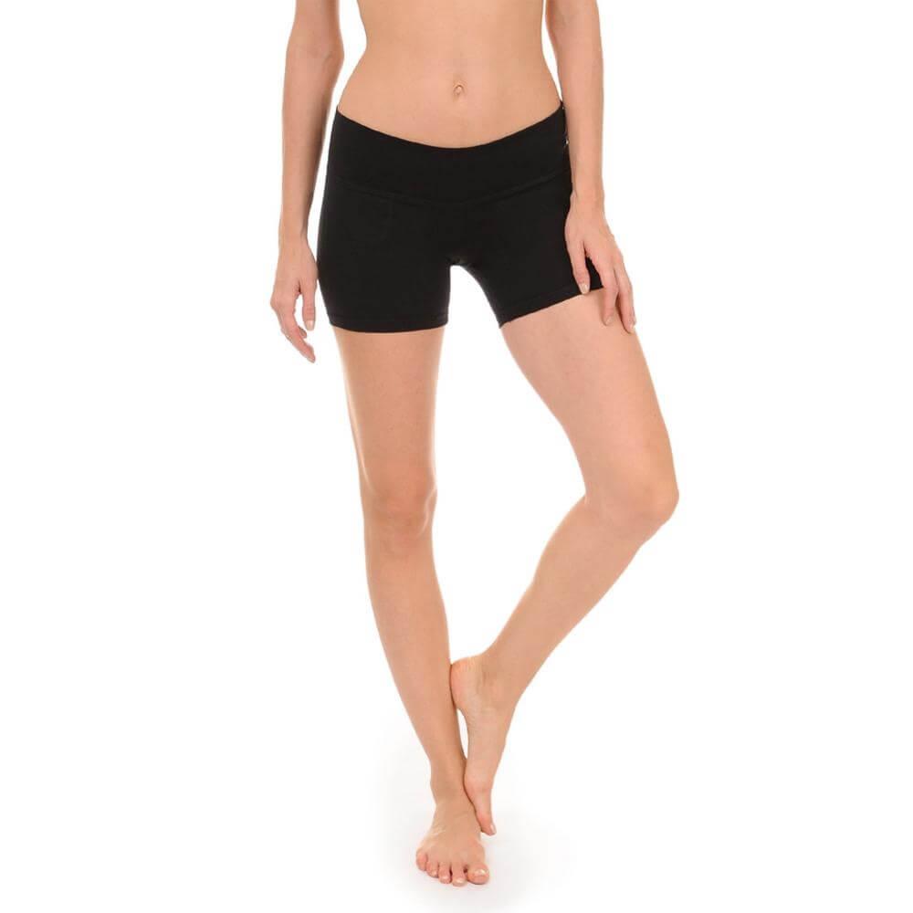 Danskin Women Asana Low Rise Body Fit 5 Inch Wicking Bike Short
