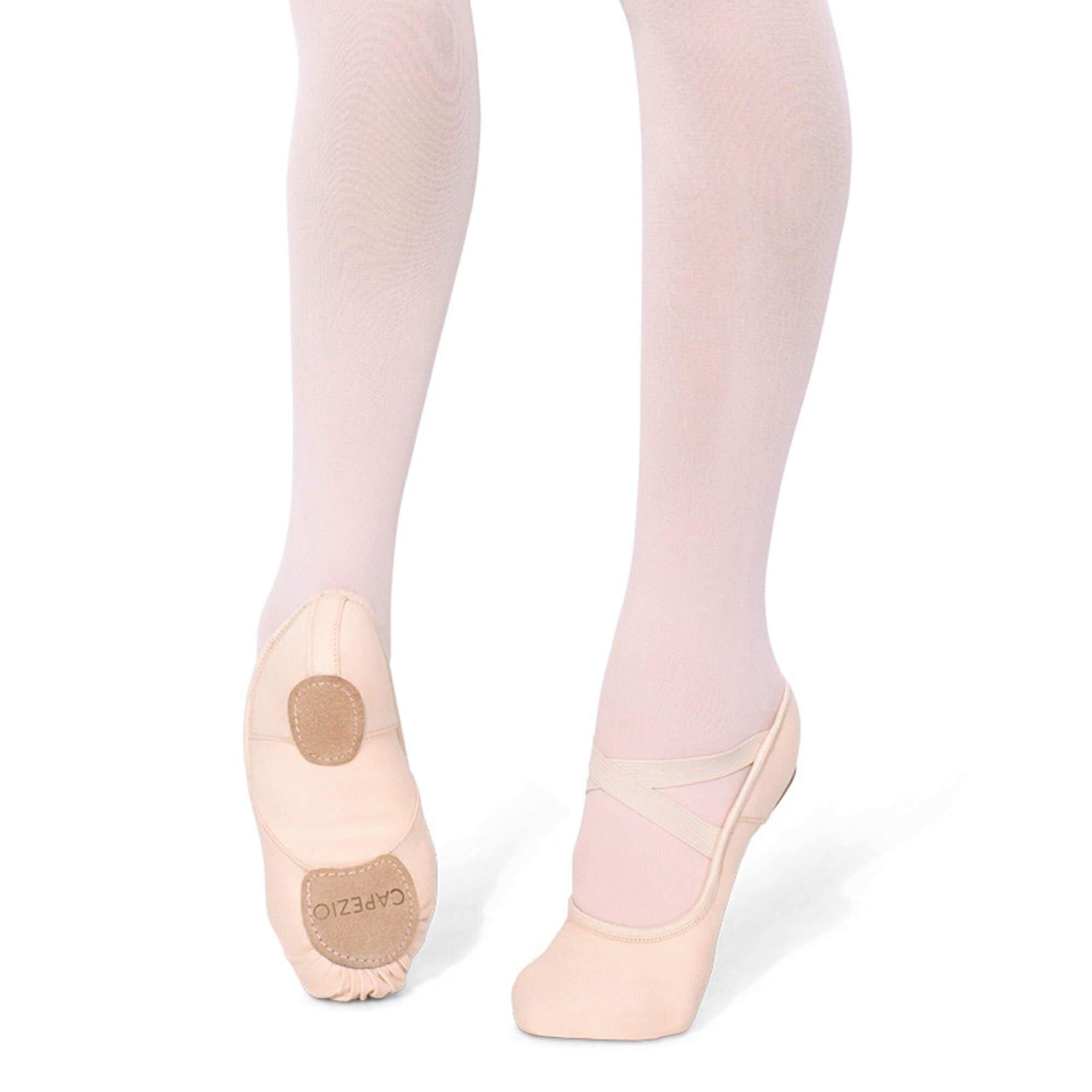 Capezio Womens Hanami Ballet Shoe