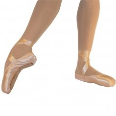 Fuzi 3/4 Shank Pointe Shoe